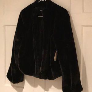 Tularosa faux fur  ladies black jacket